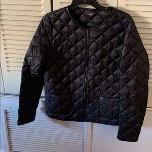 Uniqlo black crewneck ultra light down jacket